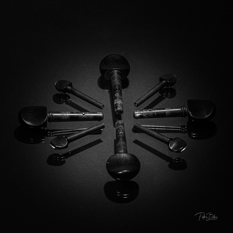 © Peter Bihr | Stilllife Geige und Geigenteile